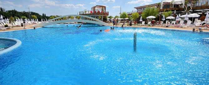 piscina_mare1